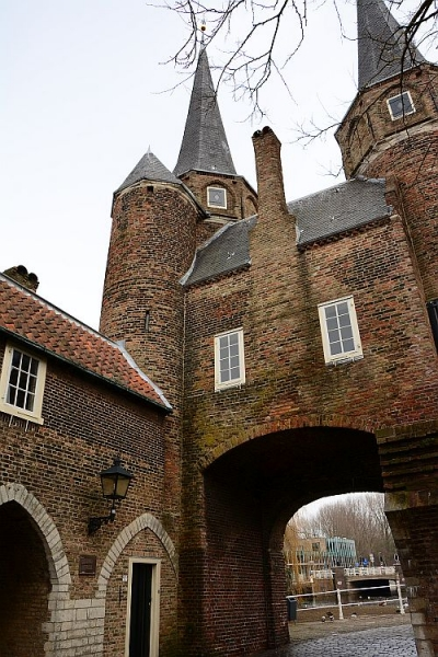 Delft_Oostpoort_500x750_KAhmed