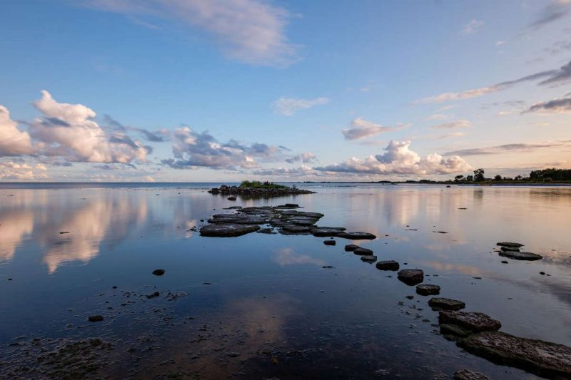 ©Theo Mahieu - Stepping stones, Baltic Sea