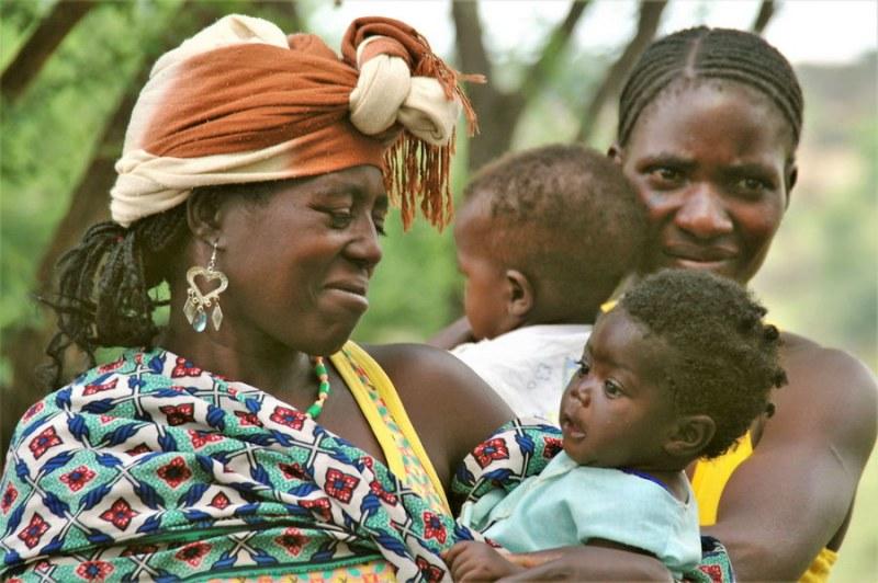 ©Susanne Engelhardt - Angola Faces of people  F