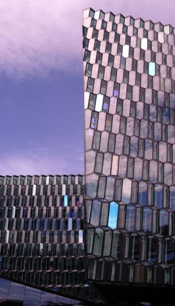 ©Susanne Engelhardt Buildings Arquitecture: Reykjavik  La Harpa