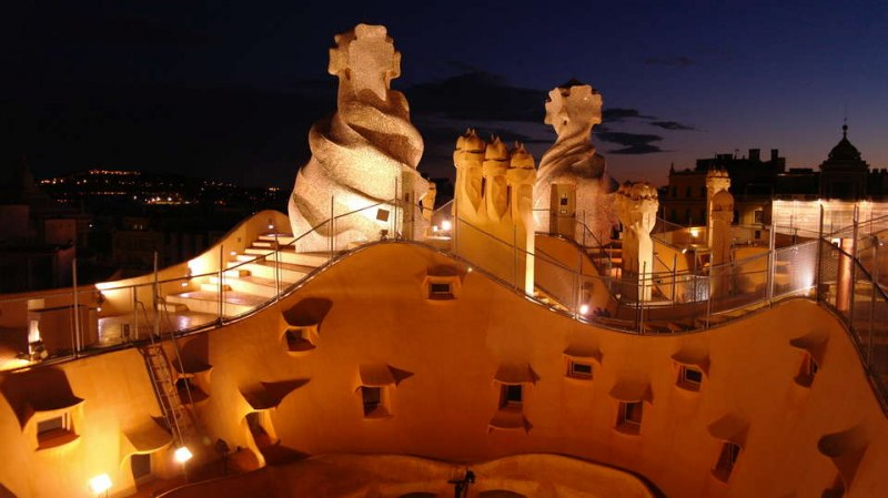 ©Susanne Engelhardt ©Susanne Engelhardt Buildings Arquitecture: Gaudi, Barcelona