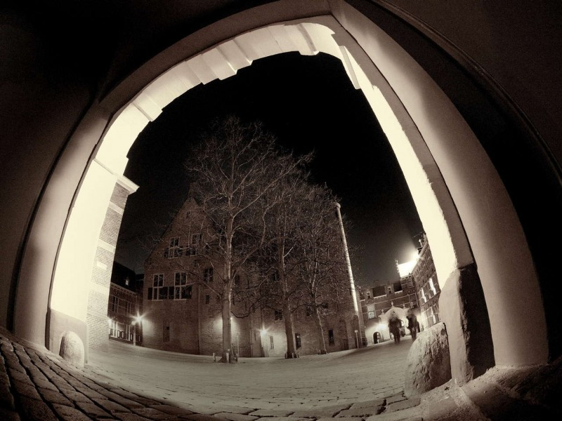 Taken during an Images Photowalk with my Samyang 7.5 mm fisheye probably at f5.6 or 8. A very sharp lens